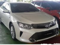 Toyota Camry V 2017 Sedan AT