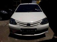 Toyota Etios J Mt 2013 White Mulus Tinggal Pakai