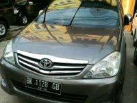 Toyota Kijang Innova 2.0V Bensin Tahun 2009