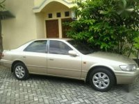 Toyota Camry 2001 MT