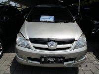 Toyota Kijang Innova 2.5E Mt 2008
