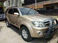 Toyota Fortuner V 4x4 AT Tahun 2007