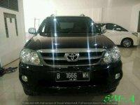Toyota Fortuner 2.7 G Luxury At 2005 Hitam