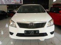 Toyota Kijang Innova 2.0 J 2012