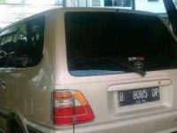 Dijual mobil Toyota Kijang LGX EFi 2004