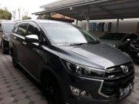 Jual mobil Toyota Innova Venturer 2017 Jawa Tengah AT