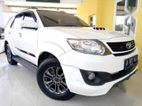 Mobil Toyoata Fortuner TRD Sportivo 2.5 AT Diesel 2015