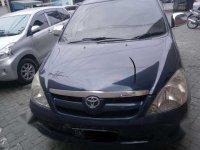 Toyota Kijang Innova V 2006