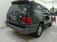 Toyota Land Cruiser 4.2 VX 2000 SUV