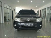 Toyota Fortuner G 2010 AT