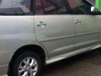 Toyota Kijang Innova Tahun 2005 Akhir