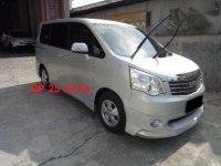 Toyota Nav1 2.0V 2013 Automatic