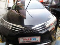 Toyota Corolla  Altis V 1.8 AT 2014