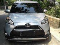 Toyota Sienta V 2016