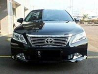 Toyota Camry V 2013 Sedan