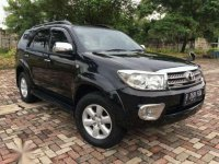 Toyota Fortuner G MT Tahun 2010 Manual