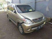 Jual Mobil Toyota Avanza G 2004
