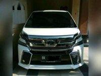 Toyota Vellfire 2.5 ZG 2015
