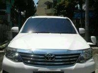 Butuh dana jual mobil Toyota Fortuner  2012 (CTM 2757114)
