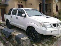 Jual Mobil Toyota Hilux 2012