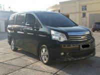 Toyota NAV1 Luxury V 2014 MPV Automatic
