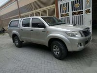 Toyota Hilux 2,5 turbo double cabin 4X4 thn 2011