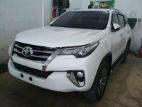 Toyota Fortuner 2.7 SRZ 4x2 A/T 2015