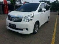 Toyota NAV1 G 2013 kondisi baru