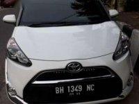 Jual mobil Toyota Sienta V Putih 2017 baru 8 bulan Pakai