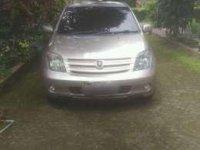 Dijual Toyota IST 2003