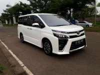 Jual Toyota Voxy 2018