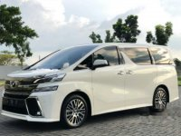 Dijual mobil Toyota Vellfire G 2015 Wagon