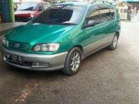Toyota IST 1998