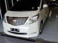 Dijual Toyota Alphard V 2011