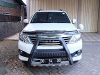 Toyota Fortuner 2014 V AT