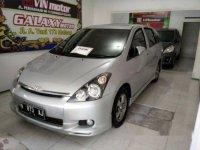 Toyota Wish 2.4 A/T 2003