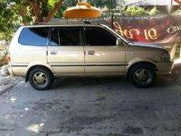 Toyota Kijang Kapsul LGX 1.8 Tahun 2000