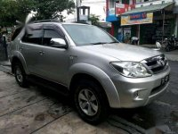 Toyota Fortuner G AT Tahun 2005 Automatic
