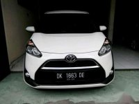 Toyota Sienta V AT Tahun 2017 Automatic
