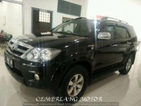 Toyota Fortuner G Luxury  2.7 CC A/T 2005