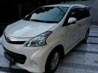 Toyota Avanza Veloz Mertic Tahun 2013 Putih