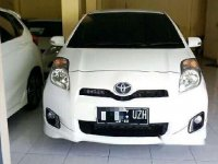 Toyota Yaris S 2012