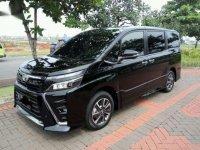 Toyota Voxy 2017