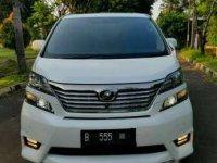 Jual cepat Toyota Vellfire Z Premium Sound 2011 barang langka like new