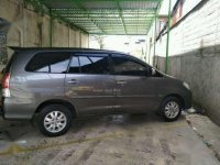 Toyota Innova V Luxury 2010