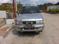 Dijual mobil Toyota Kijang LGX 2002 MPV