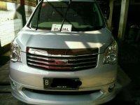 Toyota NaAV1 V Luxury Matic 2013