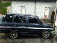 Toyota Kijang Krista 1994