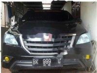 Dijual mobil Toyota Kijang Innova E 2014 MPV