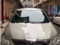 Dijual mobil Toyota Kijang Innova E 2012 MPV